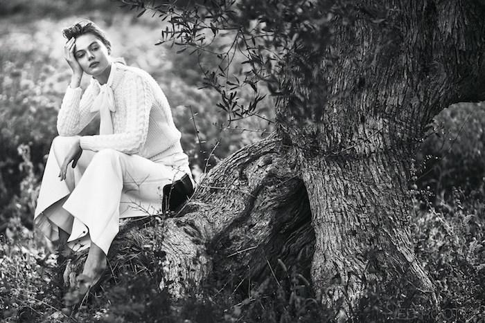 Frida-Gustavsson-by-Andreas-Sjodin-for-Elle-Sweden-2