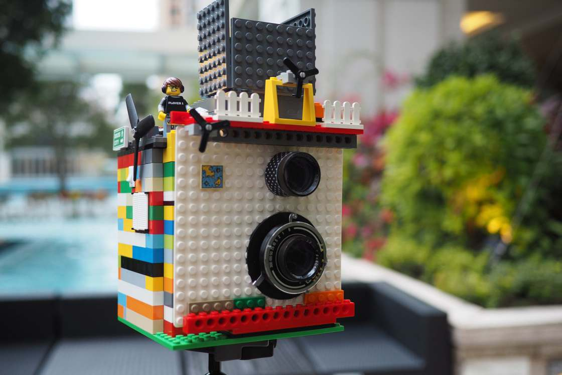 lego-instant-camera-14