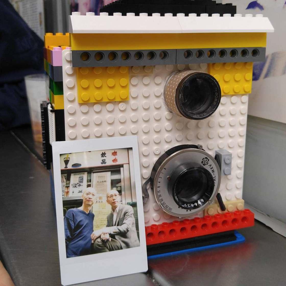 lego-instant-camera-3