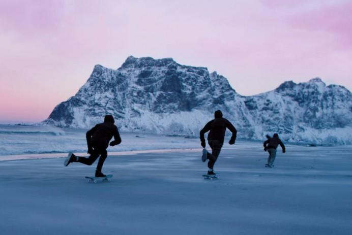 skate-frozen-sand-4k-northbound-00